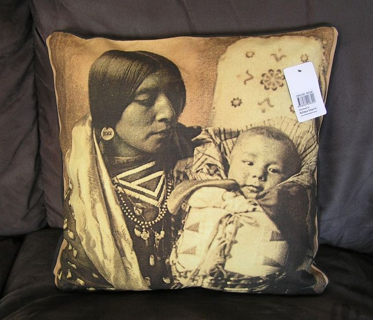 Native American Indian Cushion - INCLUDES INSERT as well - 40cm x 40cm so UNIQUE