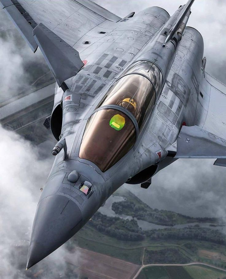 Air_Military_Power ✴️ (@air_military_power) on Instagram: «Dassault Rafale  by @hepic.se From @philippetondeur #AirMilitaryPower @Full_Afterburner…»
