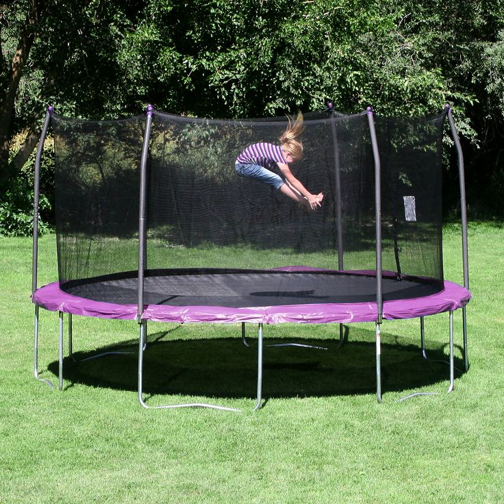 Features:  -Patented no-gap enclosure system attaches net to jump mat at each spring, eliminating gaps.  -Reinforced T-bracket construction provides greater structural stability at each enclosure and