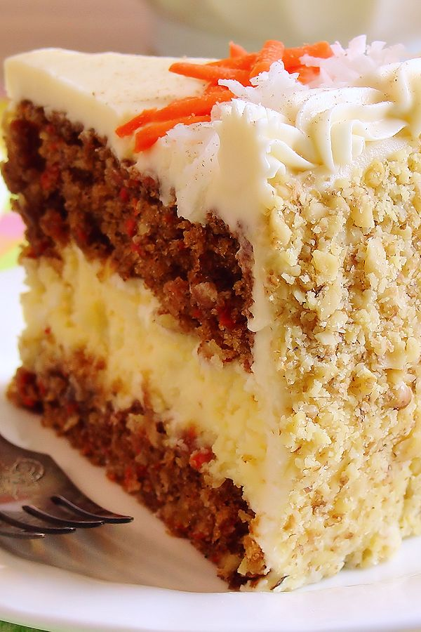 She's A Beauty: Carrot Cake Cheesecake Cake ~ Bakery-Style And, A Special Thank You The first time I ever had the pleasure of tasting a combined carrot cake and cheesecake, it was in 1996 at a family owned Italian restaurant. Their innovative pastry chef had used carrot cake batter as a base to their classic …