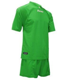 Zöld Zeus Promo Focimez Szett kényelmes, egyszerű, kopásálló, tartós, egyszínű, színtartó, könnyen száradó focimez szett. Zöld Zeus Promo Focimez Szett 6 méretben és további 8 színben érhető el.