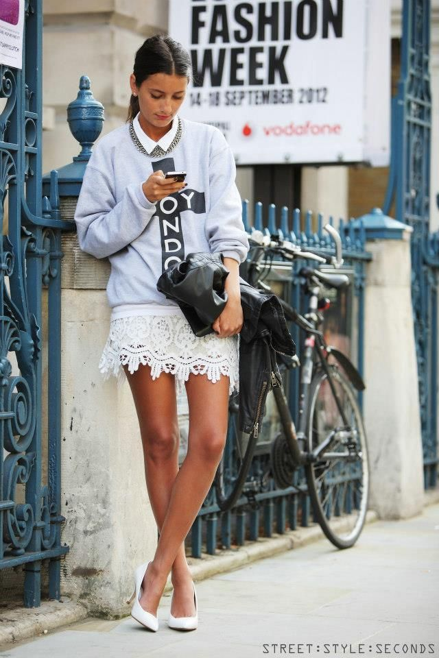 Love the lace skirt with the boyfriend sweater. From wolfysmile.tumblr.com