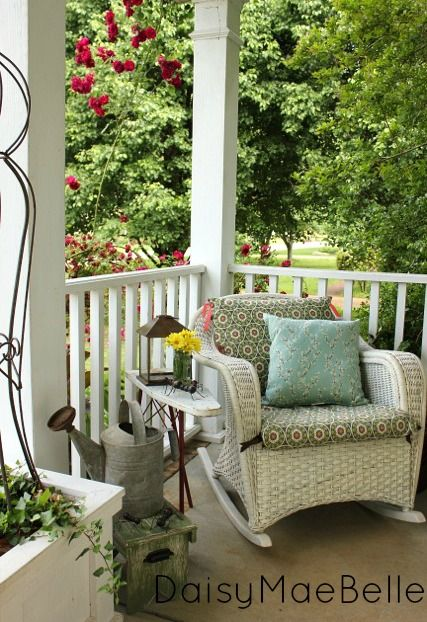 Time to get the front porch ready for summer outdoor - Vintage front porch decorating ...