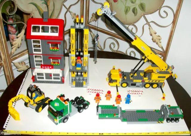 Lego 7633 construction site crane transporter city town cat truck