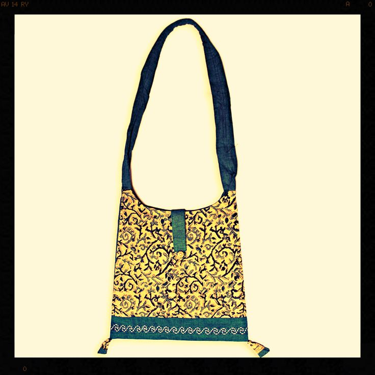 Beautifully hand-crafted Kalamkari Godavari handbag stitched in premium quality.