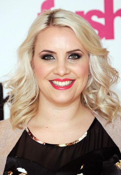 Claire Richards Medium Curls - Shoulder Length Hairstyles Lookbook ...