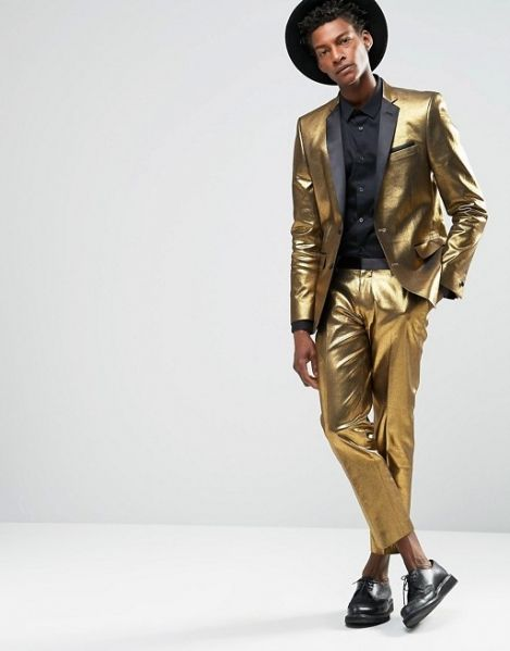 "Blazer+by+ASOS++++Metallic+coated+woven+fabric++++Notch+lapels+with+lapel+pin++++Two+button+opening++++Lined+with+internal+pocket++++Functional+pockets++++Slim+fit+-+cut+close+to+the+body++++Machine+wash++++71%+Cotton,+26%+Polyester,+3%+Elastane++++Our+model+wears+a+40""/102+cm+and+is+6'1""/185.5cm+tall http://rfbd.cm/rp8cd20852"
