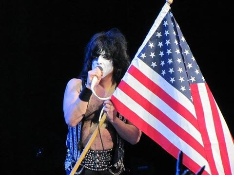 memorial day kiss the lizard lyrics