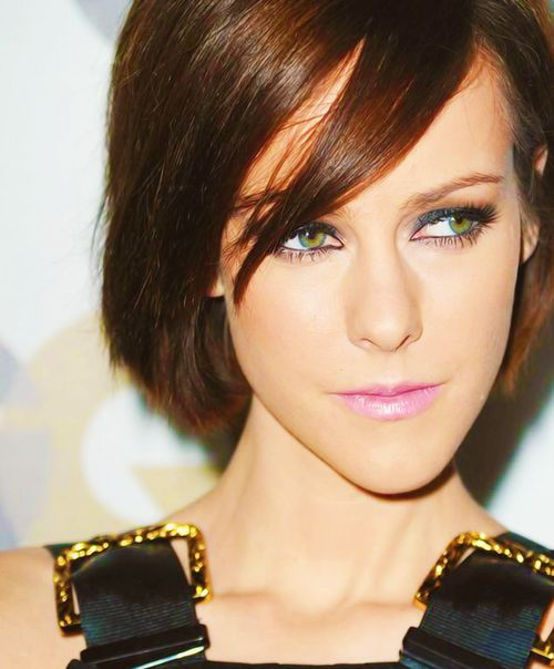 The more I see, the more I like of Jena Malone as Johanna. Thanks for confirming that one Josh! :)