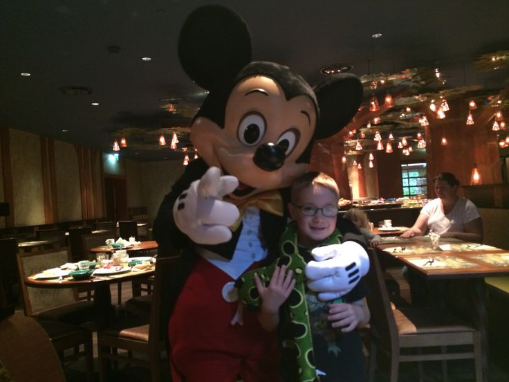 Mickey Mouse at Disneyland Paris or rather at the Sequoia Hotel - Golden Forest Lounge.