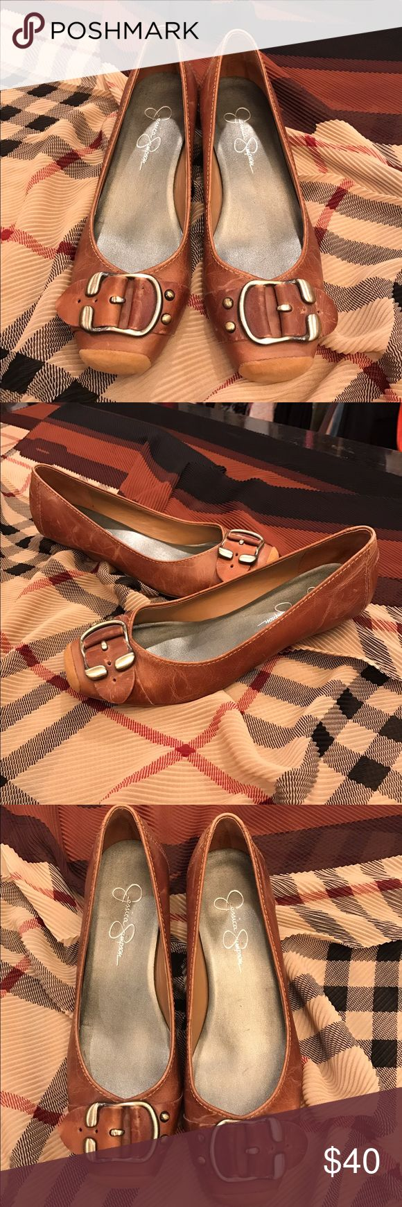 Jessica Simpson flats These Jessica Simpson size 7.5 flats were purchased and never worn. Going through my closet, I'm beginning to think I have issues. 🙃👠👜 Jessica Simpson Shoes Heels