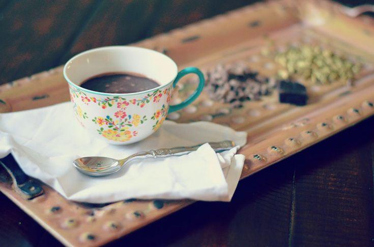 Chocolate quente com cardamomo