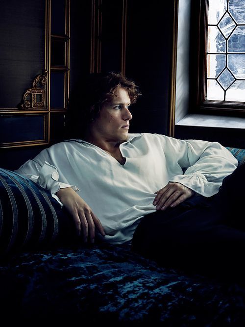 Jamie & Claire from the Outlander series - outlander-news: ÉLÉGANCE He's the everyman....