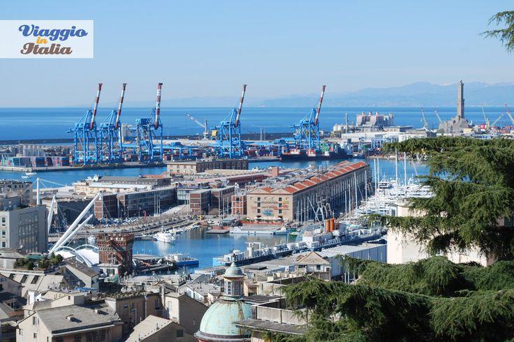 Genova - Vista dall'alto del Porto