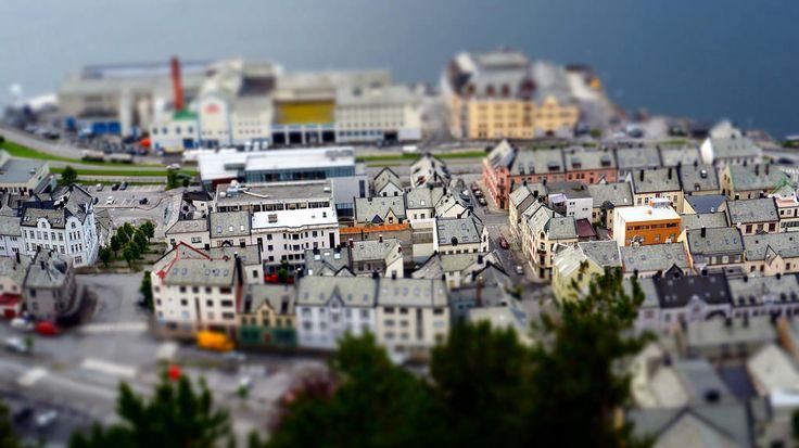 A világ egyik legszínesebb városa Ålesund,  #akvárium #halászat #kikőtő #legszebb #norvégia #szecesszió #színes #tengeri #város, http://www.otthon24.hu/a-vilag-egyik-legszinesebb-varosa-alesund/