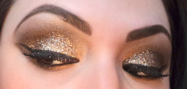 Eye Kandy's Sugar Cane over gold shadow. <3: Beautiful Makeup, Beauty Makeup, Eye Shadows, Hair Makeup, Shadows Repin By Pinterest, Sugar Canes, Prommmm Makeup, Gold Eyeshadows, Gold Shadows