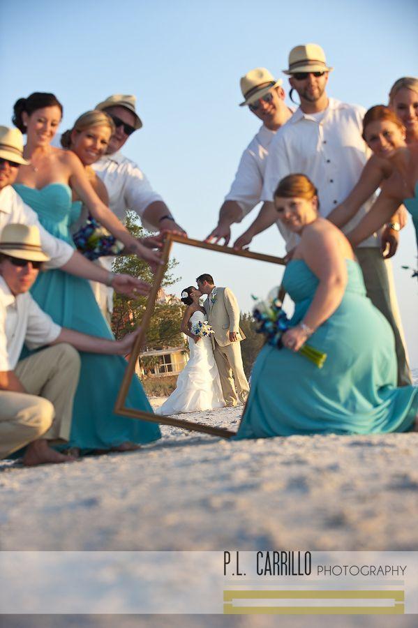 仲間たちと最高の思い出を♡ウェディング、ブライダル・フォトは一生の思い出。ビーチでの結婚式の写真の参考一覧を集めました♡