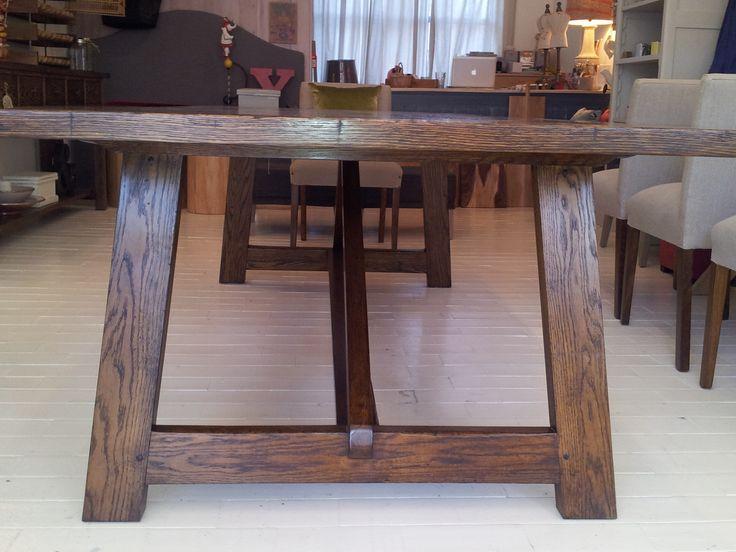 Classic stretcher base, all handcrafted in american oak.