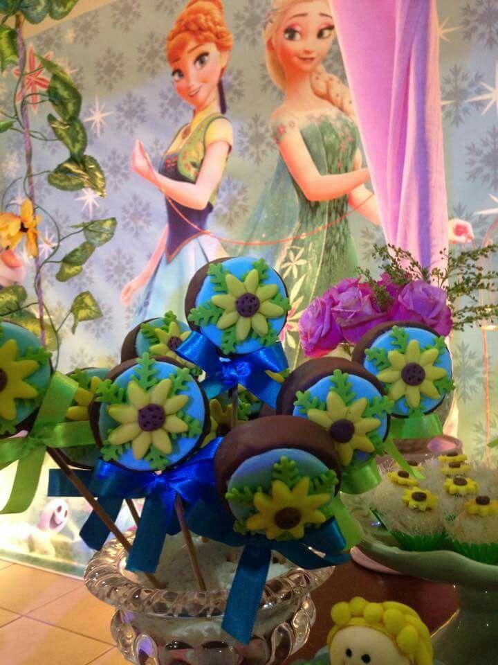 Frozen fever pop cakes