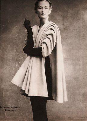 jean patou | Puis, en 1929, Henri Alméras compose Moment Suprême .