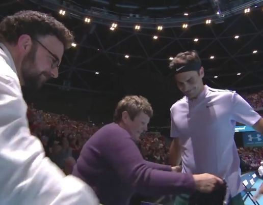 Roger Federer got intoj the spirit of his charity match against Andy Murray by donning a KILT halfway through!