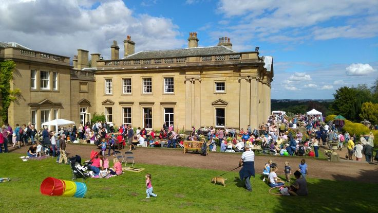 @WortleyHall busy day at the #SouthYorkshire festival today @Welcome2Yorks @DayOutYorkshire @SheffieldStar