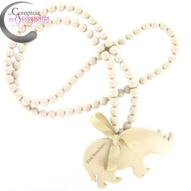 http://www.comptoirdesaccessoires.com/6728-3048-thickbox/collier-zoe-bonbon-sautoir-beige-pendenti-sequin-rhinoceros-ete-2014.jpg