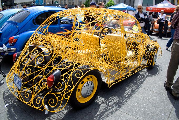 pimpmyride Volkswagen should be proud of this rig. Couldn't imagine the hours it took to put this together but it makes me what to build one similar it could be used as an everyday car here in Nevada.