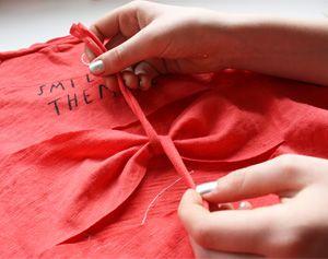 DIY: T-shirt knippen voor hippe meiden #knutselen #recyclen #fashion #t-shirt