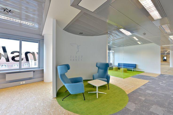 Showroom Zlatý Anděl - CAPEXUS #showroom #officespace #softline #havanasoftline