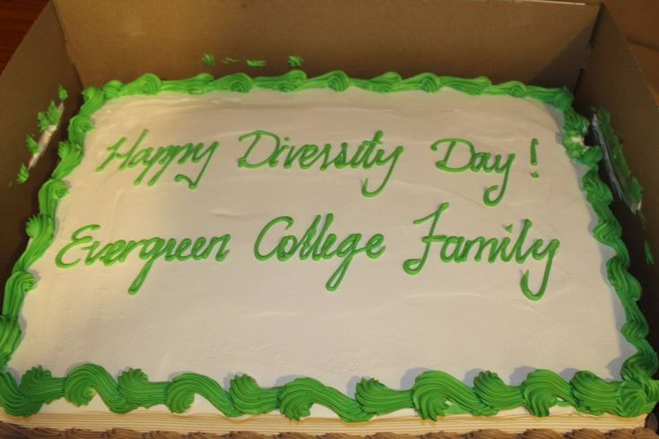 Evergreen College students participated in Diversity Day. It was a wonderful event on campus in which students and professors enjoyed food, music, and dance from each other's cultures.  Know more about our Evergreen College, Please call us at (416) 365 -0505 Professional #careercollege #career #success #collegelife #Dreambig #evergreen