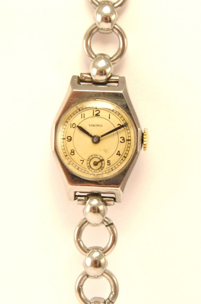 US $42.03 VINTAGE LADY WATCH. ALL STAINLESS STEEL. CLASSIC.