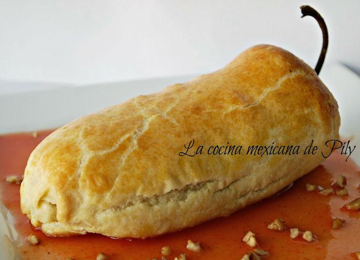 La cocina mexicana de Pily: Chile poblano hojaldrado con relleno en nogada y salsa tomate canela y una boda