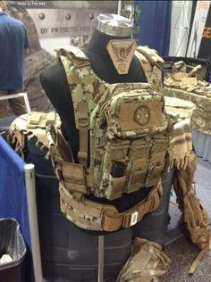 Tactical Tailor - Fight Lite Plate Carrier -- in US4CES OCIE