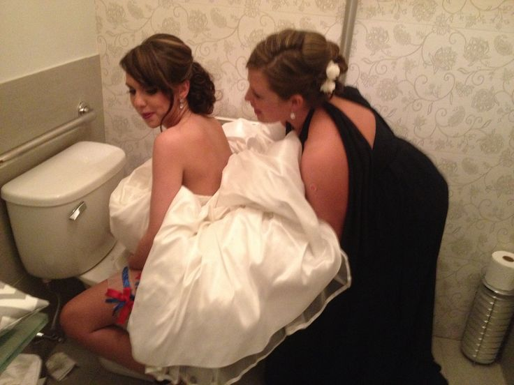 Bride peeing video
