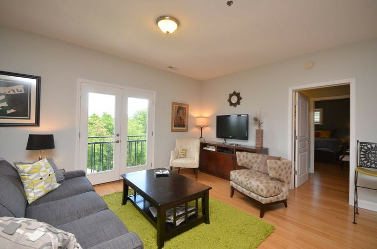 Condo vacation rental in Asheville. 404983