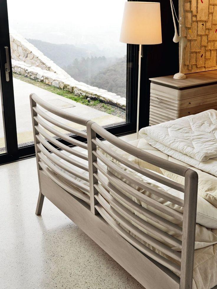SOLID WOOD DOUBLE BED RILETTO | DOUBLE BED | TEAM 7 NATÜRLICH WOHNEN