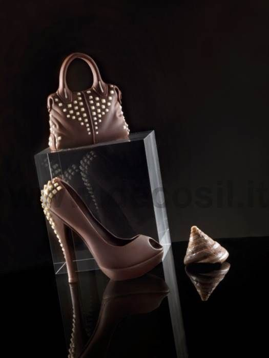 chocolate shoe mold - Heel Shoes with Studs chocolate mold - Fashion Heel Shoes Silicone Mold, Professional molds for the creation of sugar or chocolate 3D cake favors cake topper #shoe #chocolate #woman #siliconemold