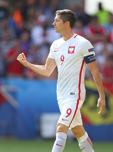 #EURO2016 Robert Lewandowski of Poland celebrates scoring his penalty during the UEFA EURO 2016 Round of 16 match between Switzerland v Poland at Stade...