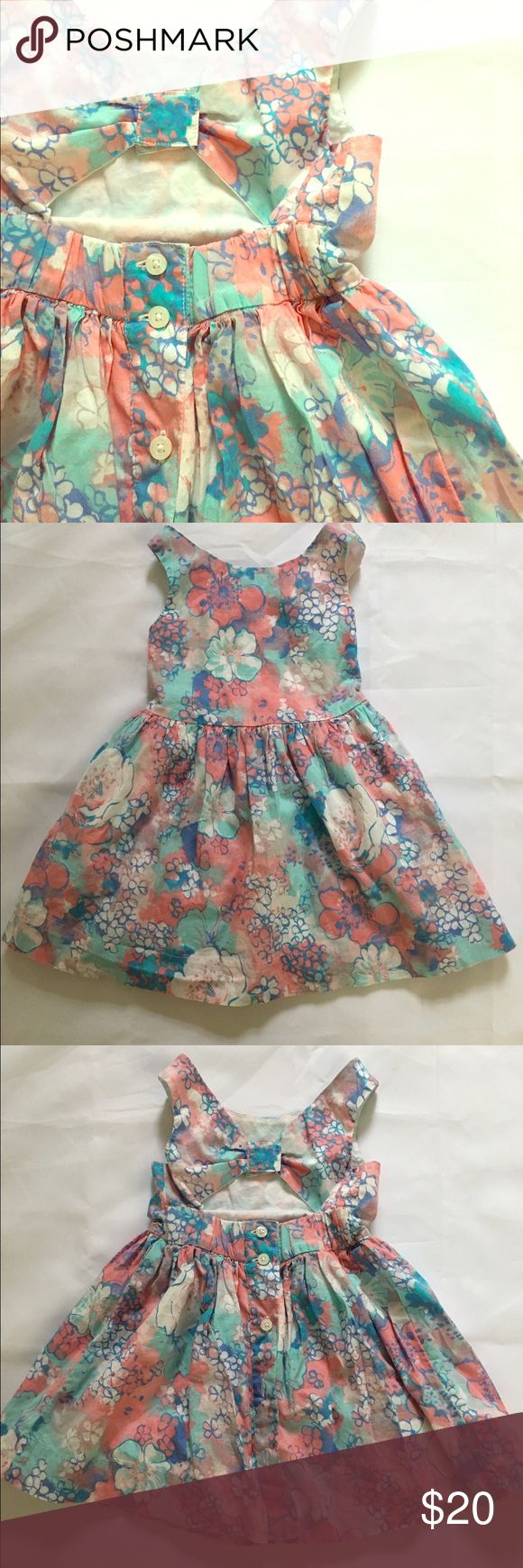 Baby Gap Floral Dress Only worn a few times in great condition. No flaws. Open back. GAP Dresses