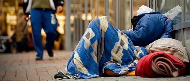 Obdachlose in Deutschland: Es werden jedes Jahr mehr: Konto, Arztbesuch, Post: Wie die 860.000 Obdachlosen in Deutschland leben