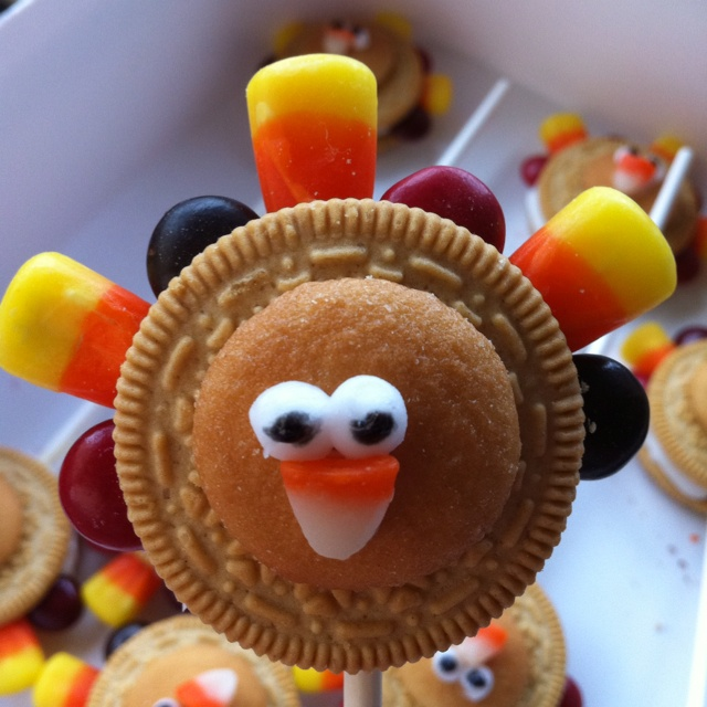 Turkey pops for a Thanksgiving party at school