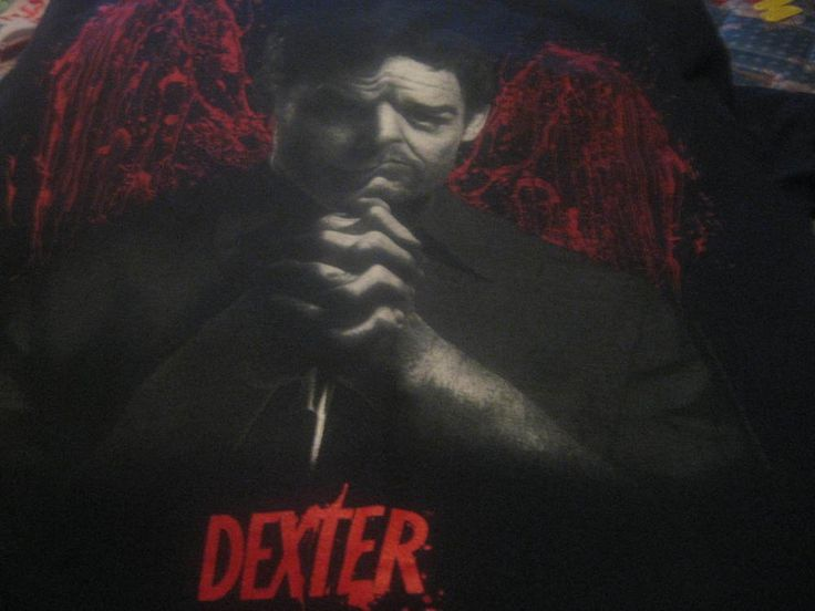 Dexter blood angel wings t shirt M Showtime TV series