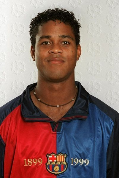 ¿Cuánto mide Patrick Kluivert? - Real height A9ce9b61423a2be788f5f09fa4dc7037--patrick-kluivert-world-football