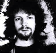 Jeff Lynne, the most amazing man, musician and producer. Love his voice and sense of humour. X