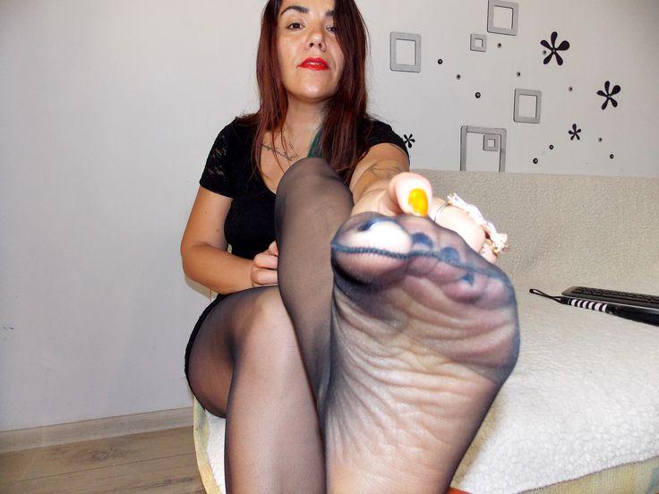 Cute girl masturbating pussy