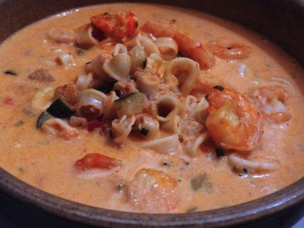 recette de crustacés à la crème - Cassolette de crevettes et calamars