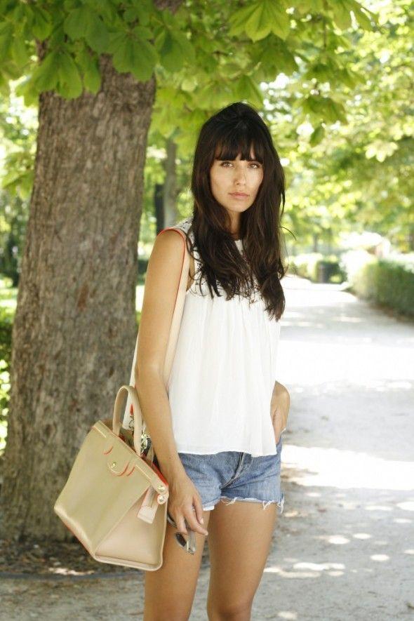 Ana Albadalejo Blog » Retiro Shorts vaqueros y camisa blanca