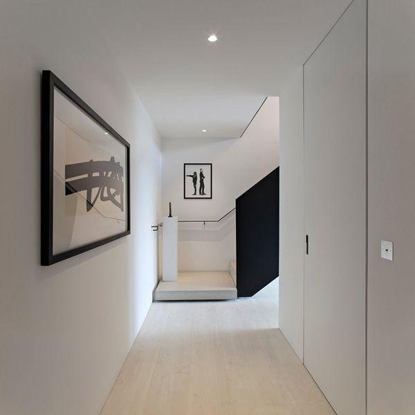Modern loft style apartments in London: Saint Martins Lofts