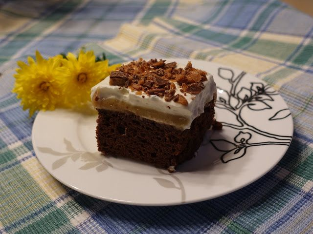 Mennonite Girls Can Cook: Caramel Chocolate Sheet Cake - Flashback Friday for the toppings